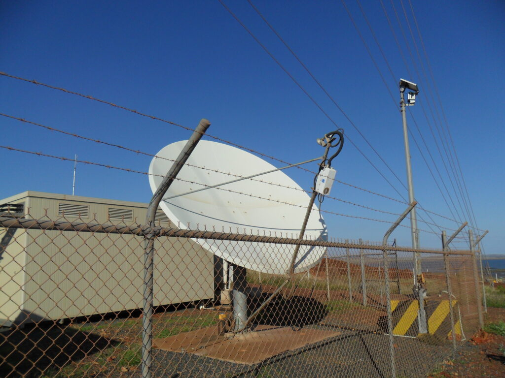 Satellite VSAT Antenna Ku Band